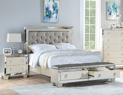 UPTOWN GLAMOUR SILVER TUFTED STORAGE BENCH FOOT BOARD BEDROOM COLLECTION