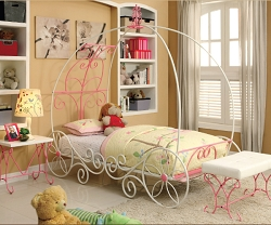 ENCHANT WHITE AND PINK PRINCESS CARRIAGE METAL BED