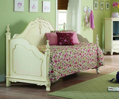 CINDERELLA ECRU ANTIQUE WHITE DAYBED FRAME